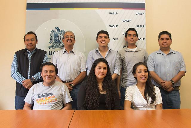 Facultad de Ciencias de la UASLP con amplia participación de jóvenes en el verano de la ciencia 2015
