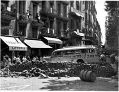 Barricada en la Rambla de Sta. Mónica