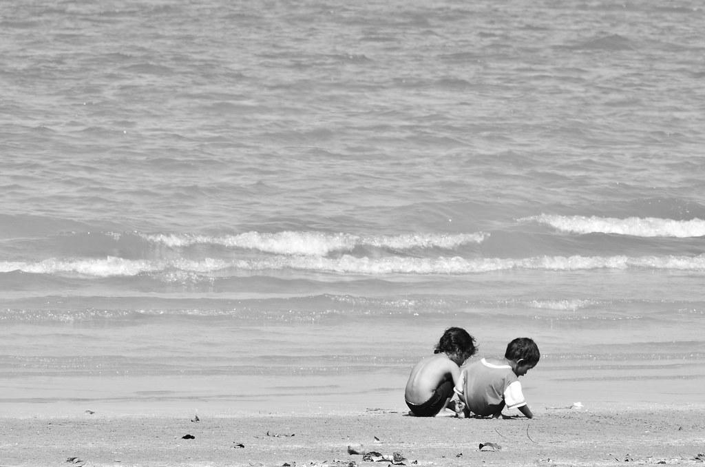 Black Stone Beach 黑沙滩