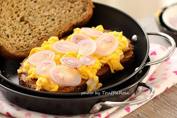麵包隨意吃。鐵三角三明治& 料理專車(原發文時間:20080608)-20130608