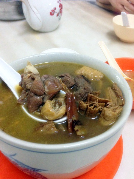 heng hong tin kee restaurant - famous malacca hainanese mutton herb soup-002