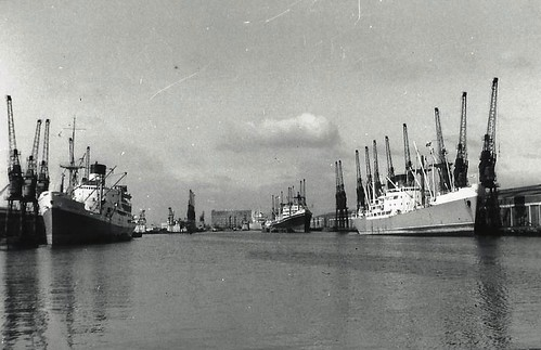 Ships as they used to be - KGV Dock, Hull