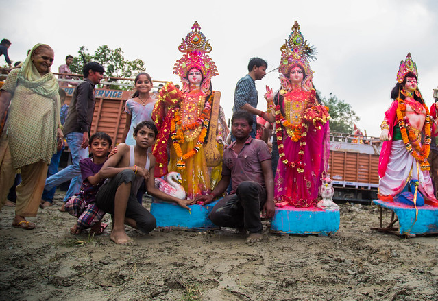 Dura Puja on the Yamuna-8
