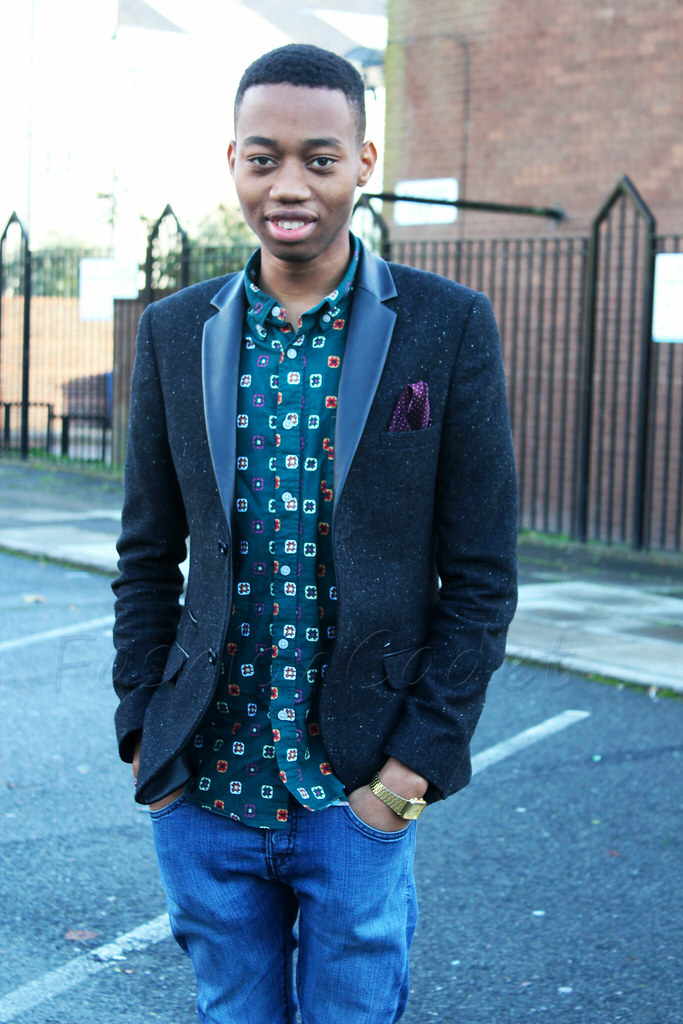 blue jeans, tassel loafers, jeans, chinos, printed shirt with a suit, what to wear with a printed shirt, cardigan
