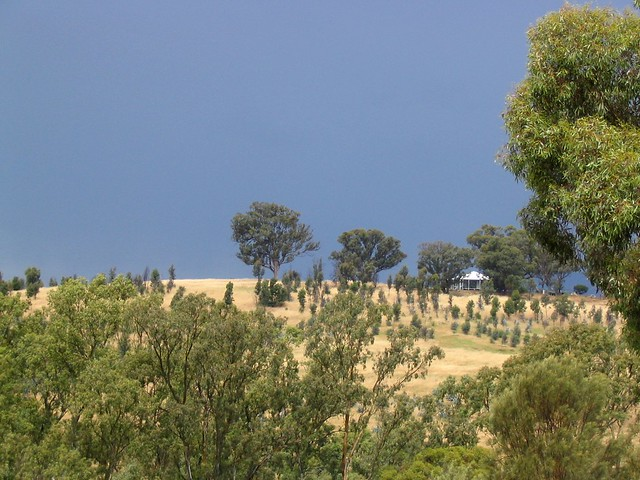 Storm coming, near Seymour, November 2003
