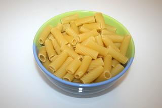 01 - Zutat Rigatoni / Ingredient rigatoni
