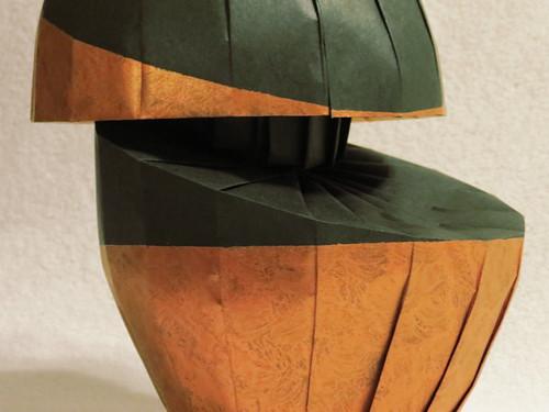 origami-vase-detail