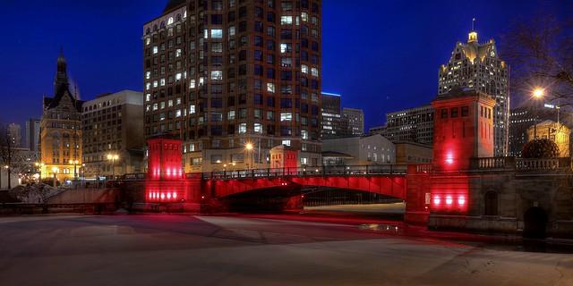 Illumination at Kilbourn Avenue Bridge