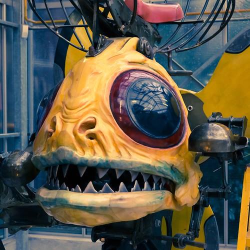 fish france yellow canon square machine adobe tamron nantes lightroom boma paysdelaloire dfoto adobelightroom machinesdelîle eos5dmarkiii tamronsp2470mmf28divcusd machinesoftheisle