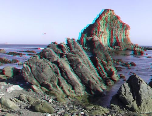 ocean california sea cliff seascape beach real coast 3d still sand rocks whitewater surf waves break flat pacific sunny anaglyph calm stereo coastal kelp finepix fujifilm tidepools tidepool w1 breaking rockbeach sandbeach mendocinocounty bullkelp redcyan real3d redcyananaglyph chrisgrossman finepixw1 iversencove fujifilmfinepixw1real3d