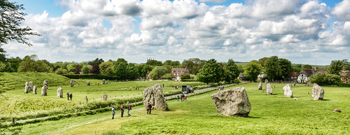 england standing stones circles wiltshire prehistoric avebury neolithic