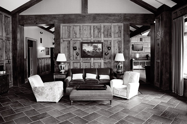 The lodge entry room