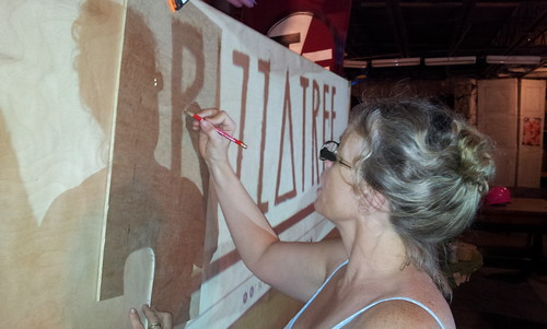 Pizza Tree sign construction
