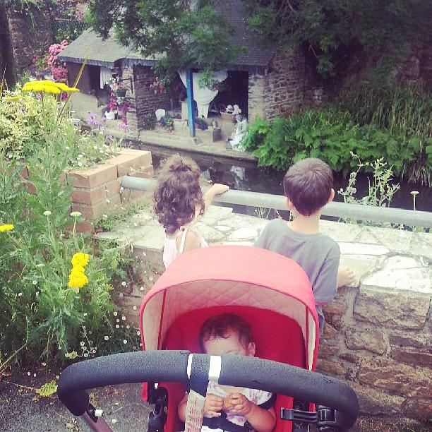 Au lavoirs de #pontrieux #blog #blogueuse #ourlittlefamily #family #france #famille #bugaboo #poussette #vacances #bretagne #france @bugaboohq