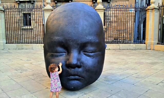 Noche - Escultura de Antonio López en la Catedral de Pamplona
