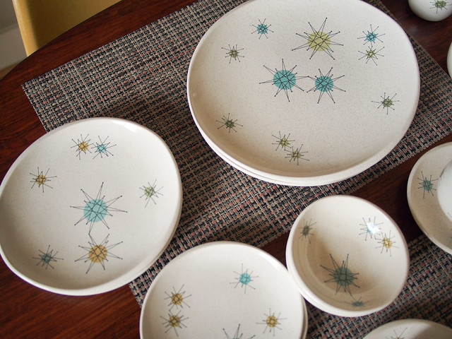 Franciscan Atomic Starburst dish collection