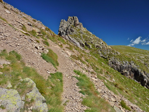 Sentiero proveniente da Forcella Vallazza