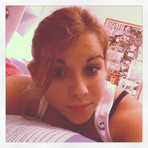 #moi #me #picoftheday #hi #hello #fille #girl #crazy #folle #tete #fatiguée #head #tired #tiffany #t