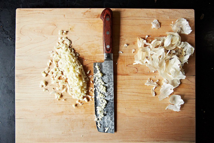 How to Remove Garlic Odors from Your Hands, from Food52