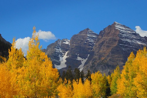 autumn tree colorado fallcolor rockymountains maroonbells ladyloneranger nikond40