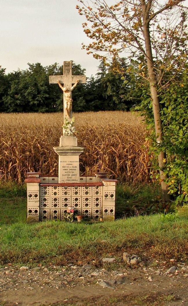 Bartókov kríž pri ceste do Čeboviec