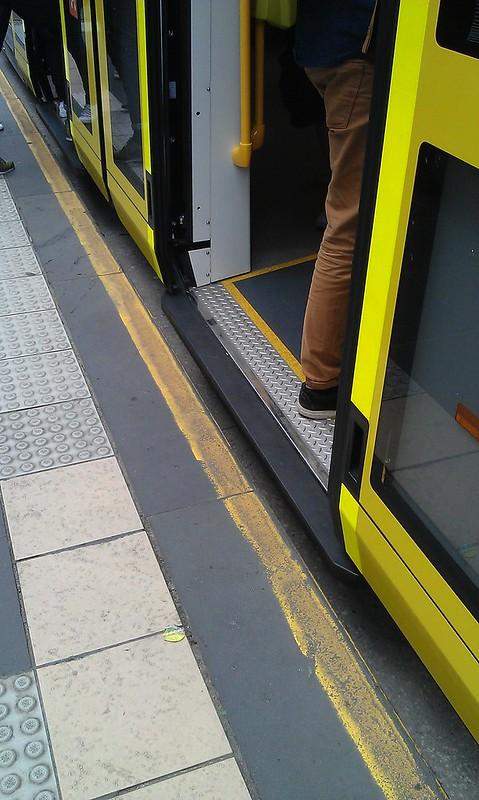 E-class tram - gap to platform