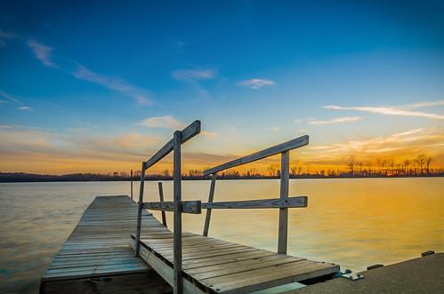 sunset water dock stlouis missouri saintlouis crevecoeurlake marylandheights philipleara