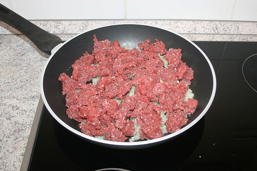 17 - Hackfleisch addieren / Add ground meat