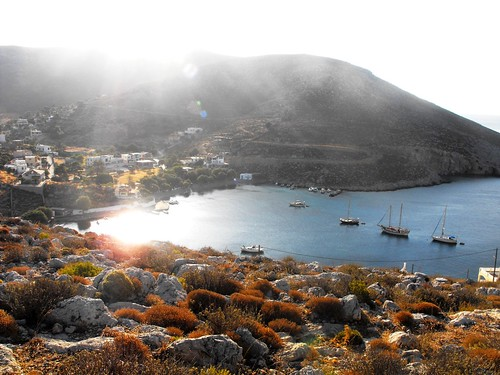 sea mountain island aegean greece kalymnos dodecanese {vision}:{sky}=0841 {vision}:{mountain}=0725 {vision}:{clouds}=0728 {vision}:{outdoor}=0964 {vision}:{ocean}=0568
