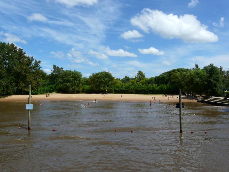 Plage sur le Rio Sarmiento