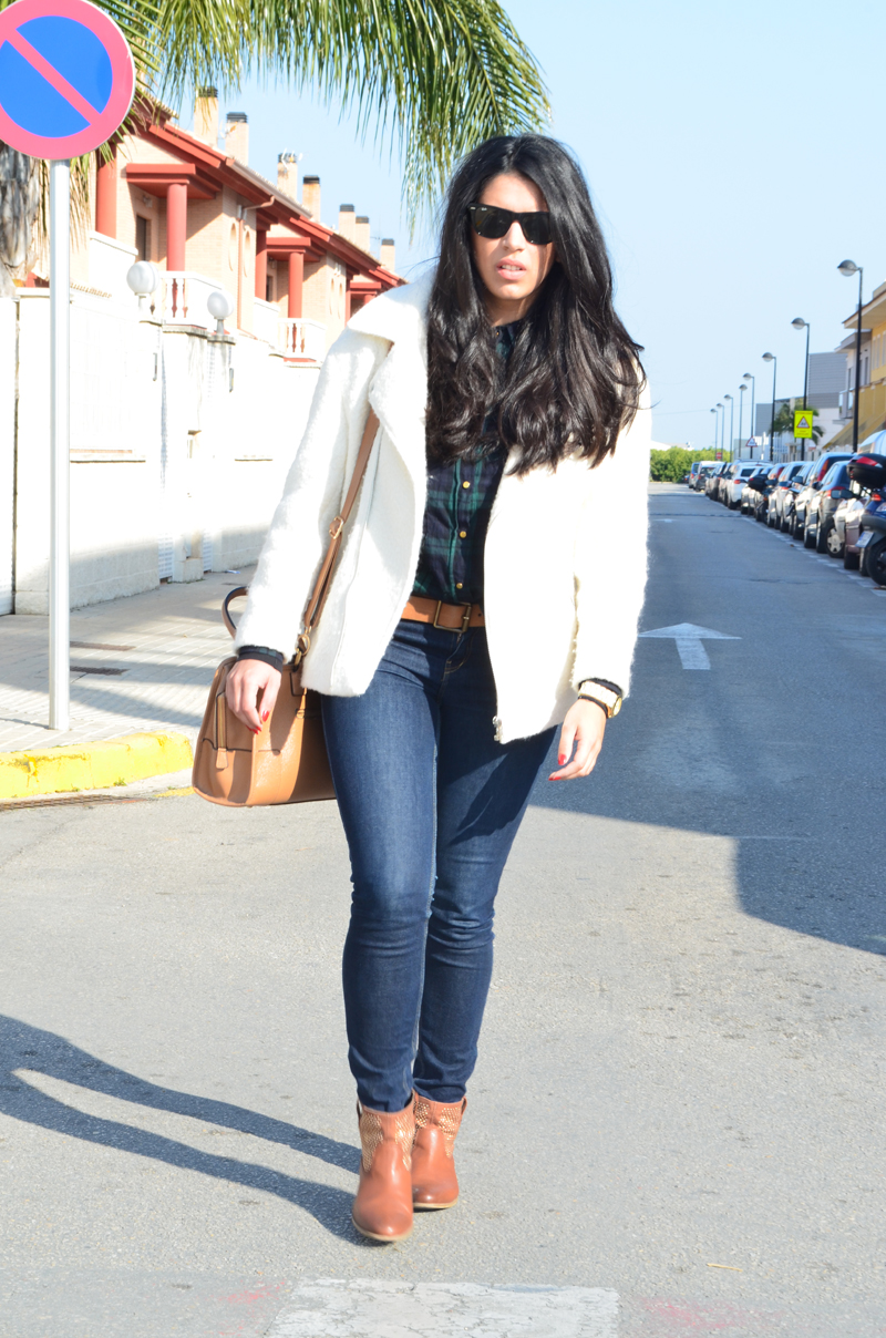 florenciablog chaqueta fieltro inspiration tartan cream jacket casual look bloggers gandia (6)