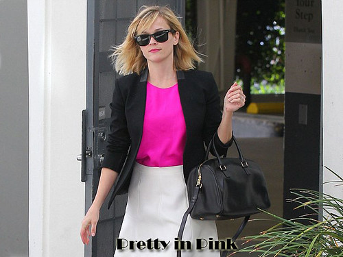 Steal Reese Witherspoon style
