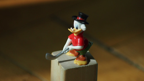 Duck Donald + Vivitar 75-205 F3.8 Macro