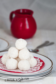 coconut laddu-1