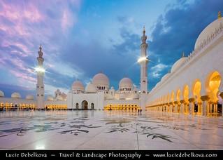 United Arab Emirates - Abu Dhabi - Sheikh Zayed Grand Mosque at Dusk - Twilight - Blue Hour