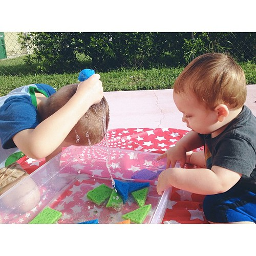 Z clearly enjoyed this activity. Squeezing cold water on your head = awesome! #pictapgo_app