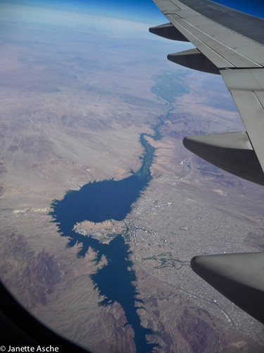 california travel usa america river colorado flight qantas lakehavasucity viewfromplane