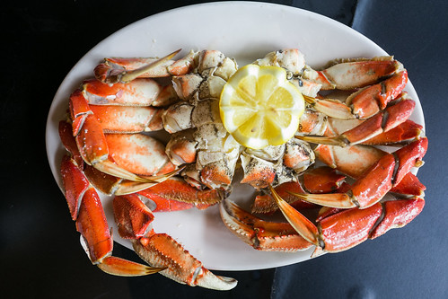 Dungeness Crab - cooked, chilled and cracked
