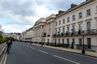 Cornwall Terrace, le long du Regent's Park