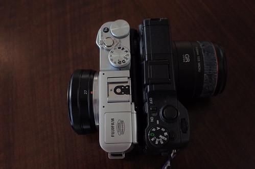 XF27mmF2.8 FUJIFILM X-M1 & GXR A12 50mm