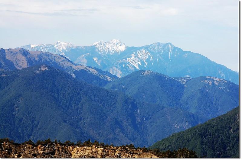 天南可蘭山南坡西南眺盆駒、黃當擴及玉山群峰 1