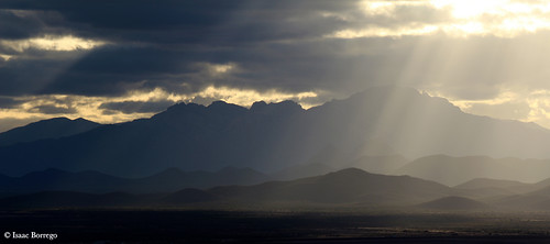 light sunset arizona mountains clouds evening darkness desert kittpeak arizonasonoradesertmuseum canonrebelt4i