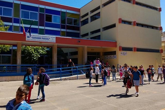 Noicattaro. Scuola Media Pascoli