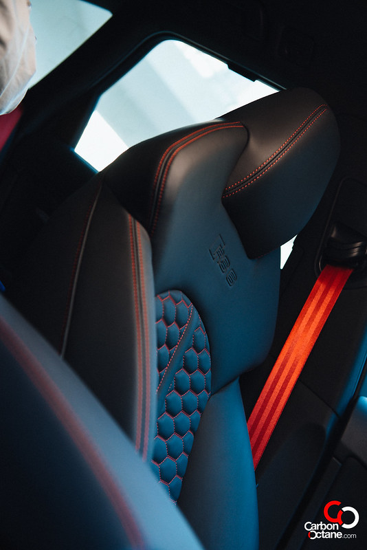 2014 Audi RS-6-23.jpg