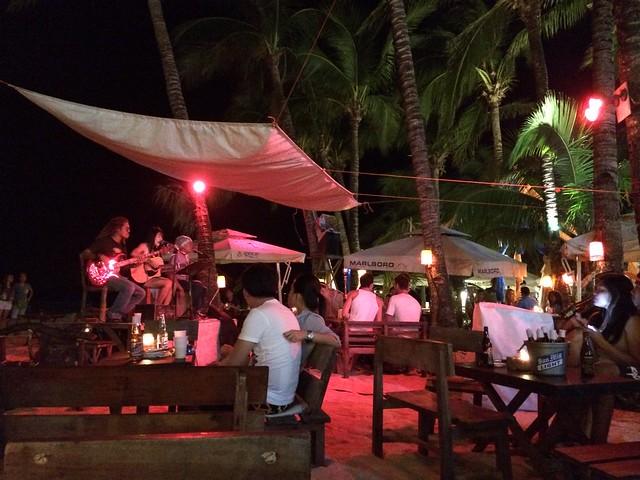 Entertainment at Pat's Creek Bar