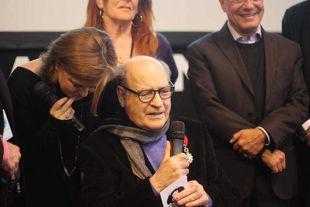 Quino (Mafalda) reçoit la Légion d'Honneur au Salon du Livre de Paris 2014