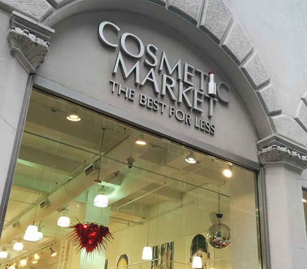 82566a95847 Cosmetic Market em NY + vídeo de comprinhas! – Blog da Laura Peruchi ...