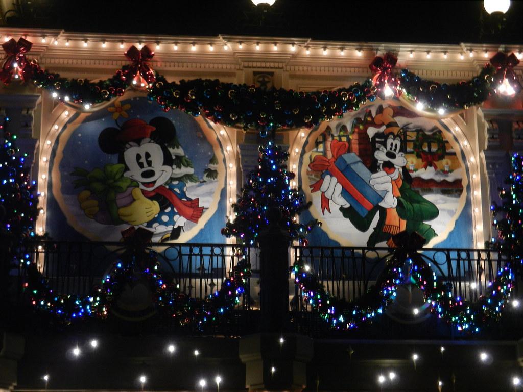 Un séjour pour la Noël à Disneyland et au Royaume d'Arendelle.... - Page 5 13717565133_50dcbd99ba_b