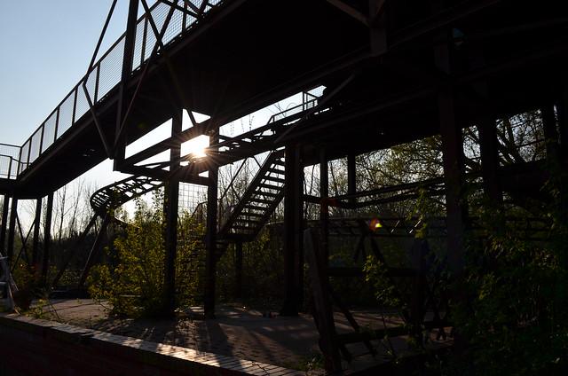 Spreepark Berlin Kulturpark Plaenterwald_abandoned amusement park_roller coaster station overgrown