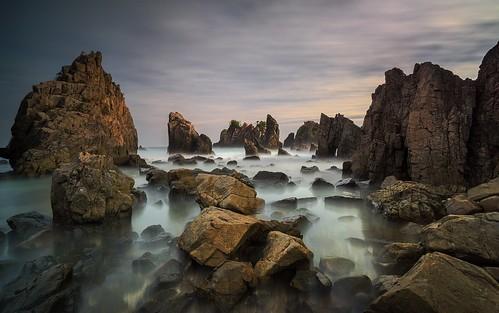 sunset sunrise indonesia rocks lampung kiluan flickrbronzetrophygroup kelumbayan pegadung